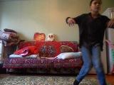 учитесь лошки) бог танцев творит!!!